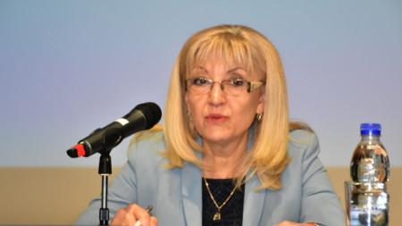 Ministrja  Petja Avramova