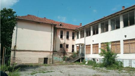 Училището в село Присово се продава за 404 800 лева