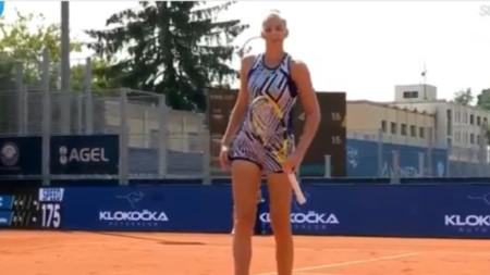 Кристина Плишкова е на четвъртфинал.