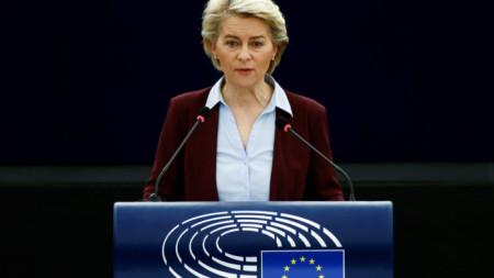 Урсула фон дер Лайен говори пред Европейския парламент в Страсбург.