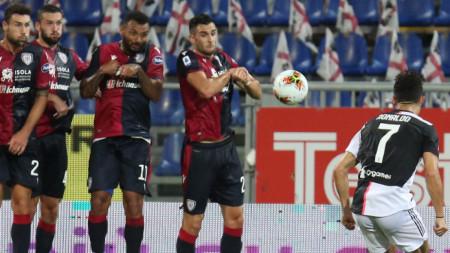 Каляри победи Ювентус с 2:0 на