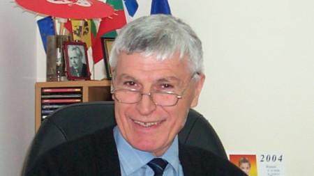 Акад. Атанас Иванов Атанасов