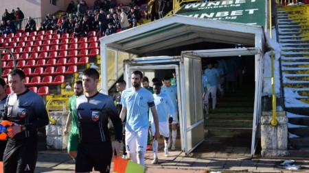 Отборите на Дунав и Ботев (Враца) спечелиха с по 1:0.