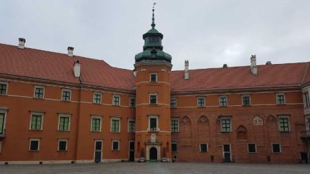Част от фасадата на Кралския замък
