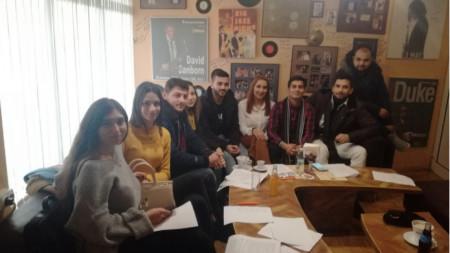 Студенти от ромската общност отбелязват Василица със спомен за миналото и поглед в бъдещето