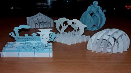 Модели от хартия, които Лидия успява сама да изработи