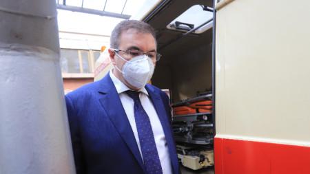 Министърът на здравеопазването Костадин Ангелов