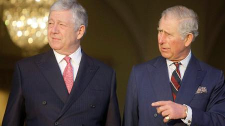 Александър II Караджорджевич (вляво), наследник на Алексаннър I с британския престолонаследник принц Чарлз, Белград, март 2016