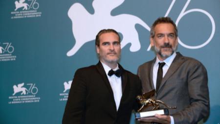 Хоакин Финикс (ляво) и Тод Филипс