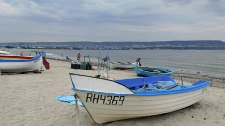 Плажът на Карантината във Варна