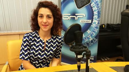 "Божана Шошкова, която отговаря за културните програми на Гьоте институт, в студио на програма ""Хоризонт"""