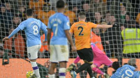 Мат Дохърти донесе победата на Уулвърхемптън срещу Сити