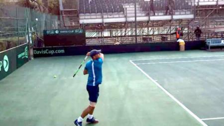 Димитър Кузманов по време на тренировка в Кейптаун.