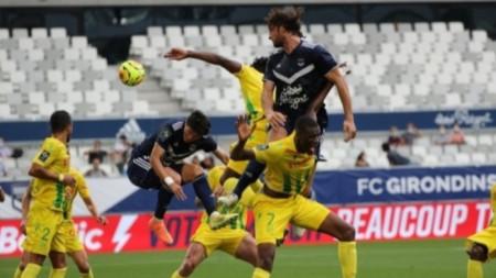 Без гол в първия мач от новия сезон във Франция