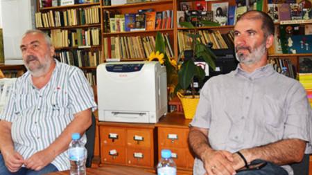Журналистът и писател Пламен Асенов и художникът Александър Гьошев