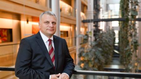 Петър Курумбашев