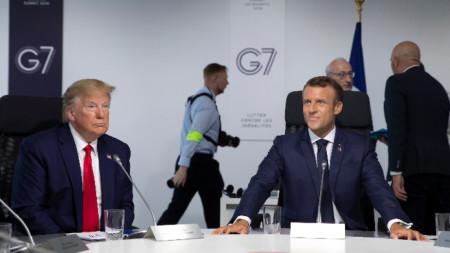 Договореният компромис ще бъде представен на президентите Доналд Тръмп и Еманюел Макрон, които са в Биариц за срещата на Г-7.