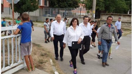 Вярвам, че този закон ще бъде приет бързо и от всички партии, каза Корнелия Нинова