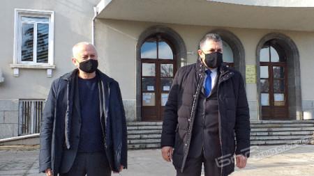 Дичо Атанасов (вляво), окръжен прокурор на гр. Стара Загора и ст. комисар Стоян Стоянов, директор на ОД на МВР – Стара Загора.