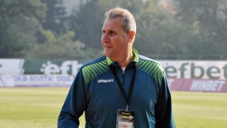 Димитър Димитров ще има възможност да види отбора си в действие на 27 май.