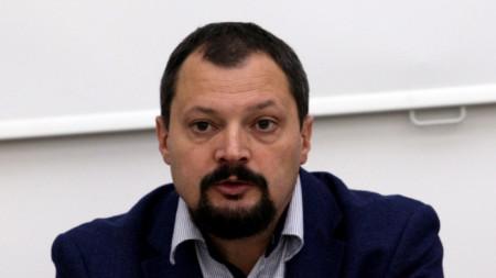 Доц. д-р Христо Попов