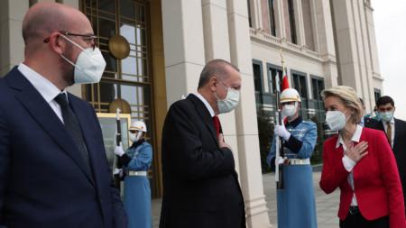 Европейска визита на високо равнище в Анкара.