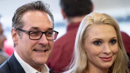 Хайнц-Кристиан Щрахе със съпругата си Филипа.