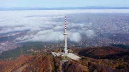 Кулата на Копитото, откъдето се излъчва и Радио София