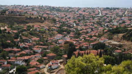 Изглед от Никити на полуостров Халкидики
