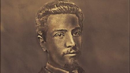 Паметникът на княз Алексей Церетелев.