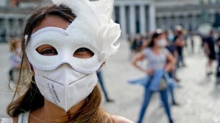 Жените и младите хора в Италия са особено засегнати от кризата, причинена от Covid-19.