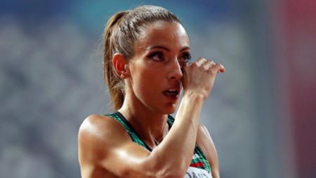 Ivet Lalova en la final de los 200 metros