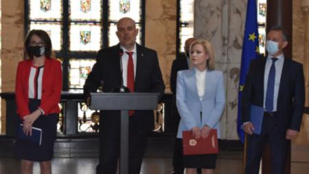 Брифингу је присуствовао и државни тужилац Иван Гешев