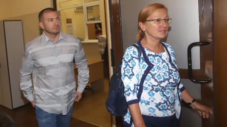 Иван Тодоров и адвокатът му Ина Лулчева