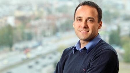 Виден Димитров - управител на мрежа от детски школи по роботика