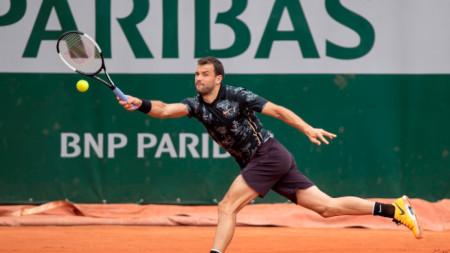 Григор Димитров записа втора петсетова победа в Париж.