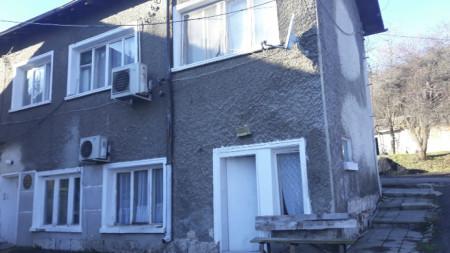 Старата сграда на Дома за стари хора в Шумен