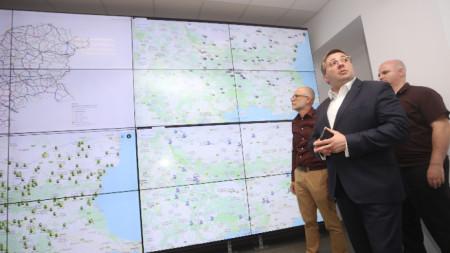 До момента са продадени над 4,1 милиона винетки, а приходите от тях са над 244 милиона лева.обяви заместник-регионалният министър Николай Нанков