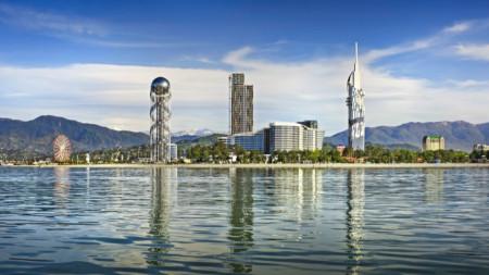 Батуми се гордее не само с красивата си природа, ами и с модерната архитектура.
