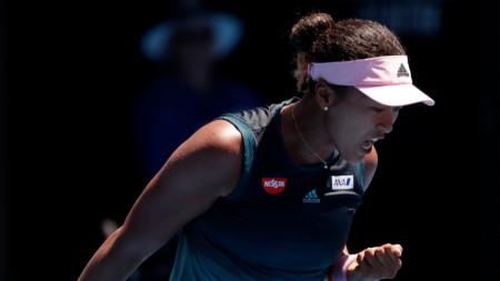 Наоми Осака за първи път стигна четвъртфинал на Откритото пърнетство на Австралия.