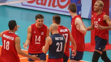 Националнияут отбор на САЩ по волейбол