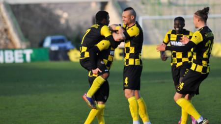 Ботев (Пловдив) с важна победа във Враца
