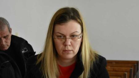 Биляна Манчева на изслушването в съд в Сливен.