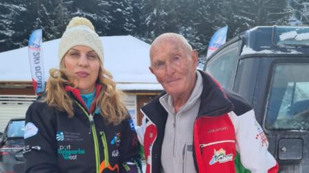 Най-възрастният практикуващ скиор у нас Иван Раев посрещна вицепремиера Николова