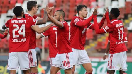 Футболистите на ЦСКА София победиха с лекота състава на Черно море в осминафинал от турнира за купата на България по футбол
