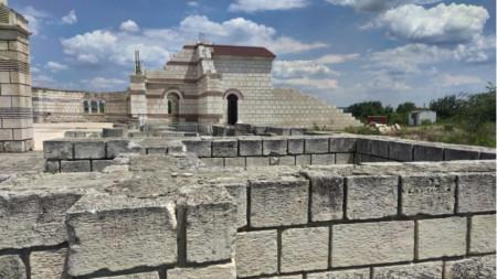 Голямата базилика в Плиска
