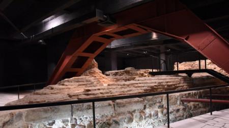 Триъгълната кула на древна Сердика.
