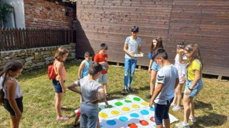 Занимания за деца, организирани от Регионалната библиотека в Ловеч