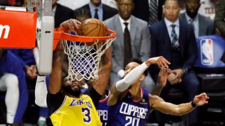 Мачовете от редовния сезон в НБА по план трябва да се подновят на 13 април.
