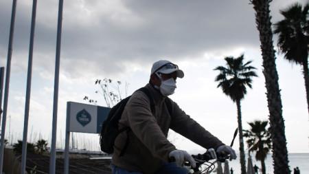 Колоездач в Атина, 19 март 2020 г.